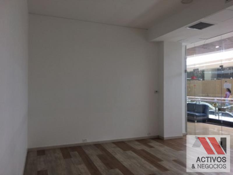 Local disponible para Arriendo en Medellin con un valor de $3,790,223 código 104